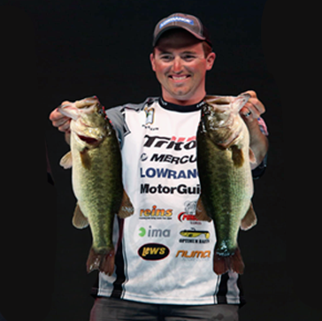 Paul Mueller is a 2 Time Bassmaster Classic Qualifier and 2014 Bassmaster Classic Runner-Up. At the 2014, Paul set the single day Bassmaster Classic record with a total weight of 32lbs, 3ozs.